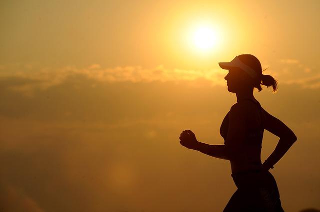 脳に良いのは「軽い運動」と「激しい運動」のどちらか?