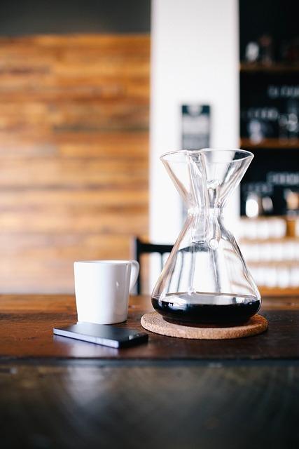 コーヒーVS緑茶 何杯飲めばいいの?